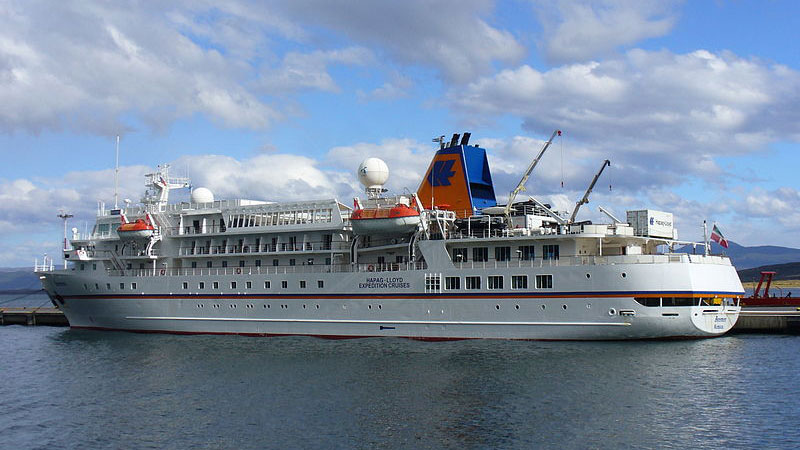 Cruise Ship Bremen